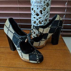Steve Madden Babbetti Oxford fur heels NWOB